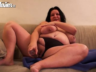 Renate Zug The Fat Woman Fingers And Toys Her Snatch