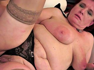 Fat Mature Renata Gets Her Snapper Licked And Banged